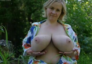 Ana large jugs